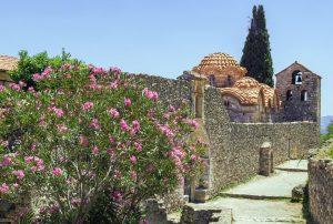 Κάστρο Μυστρά - Ξενώνας Πικουλιάνικα - Διαμονή στο Μυστρά Λακωνίας